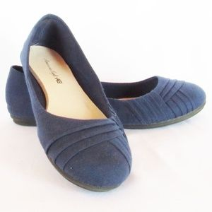 American Eagle Blue Pleated Ballet Flat Shoes 6.5W